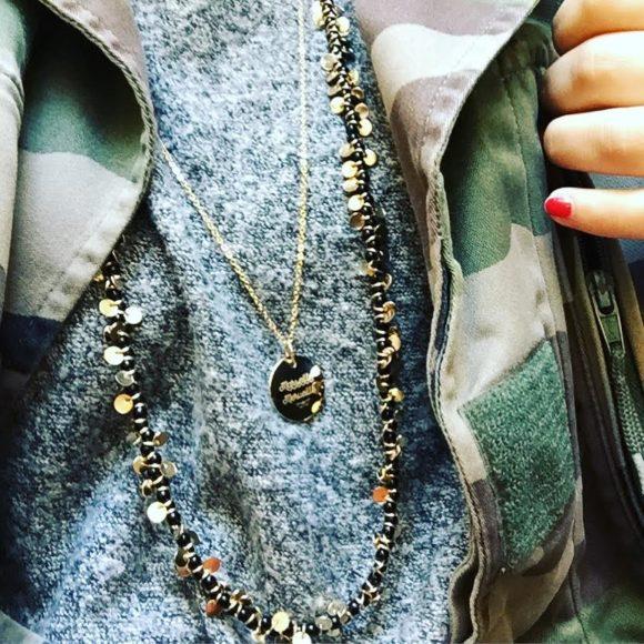 medaillon-collier-plaque-or-marseille-merveille